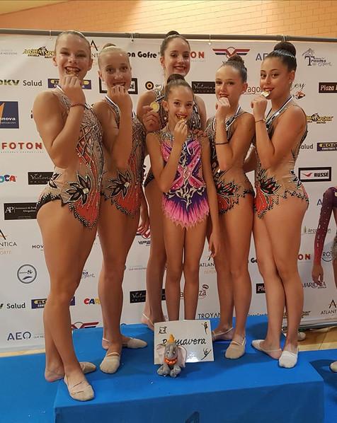 Nuevo triunfo para las gimnastas del Club de Gimnasia Rítmica Primavera de l'Alfàs del Pi