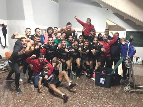 El Villajoyosa CF logra los 3 puntos en Xàtiva