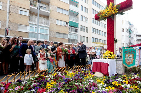 Benidorm celebra la tradicional Festa de La Creu