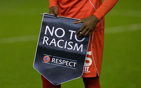 El Juvenil B del At. Benidorm se retira del campo por insultos racistas