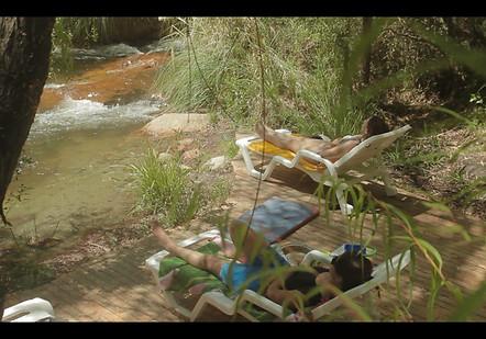 Playa de río en Ecocentro La Ortiga