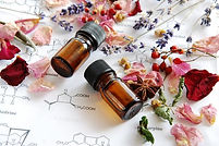 essential-oil-bottles-chemistry_grande.j
