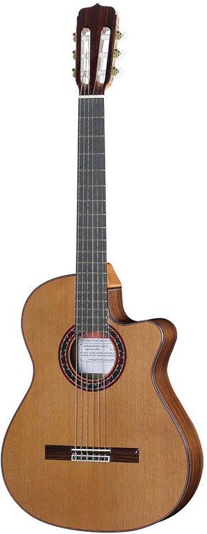 José Ramírez Cutaway 2 Studio Guitar