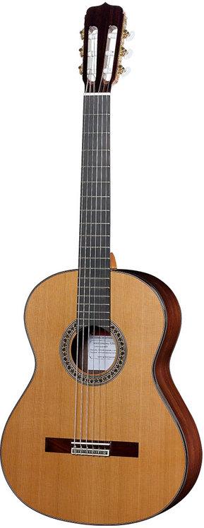 José Ramírez Studio 2 Guitar