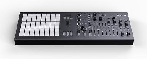 Polyend Medusa Black LE: Hybrid Synthesizer