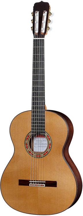 José Ramírez Studio 1 Guitar