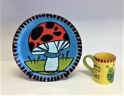 Toad stool plate & Snail mug class July