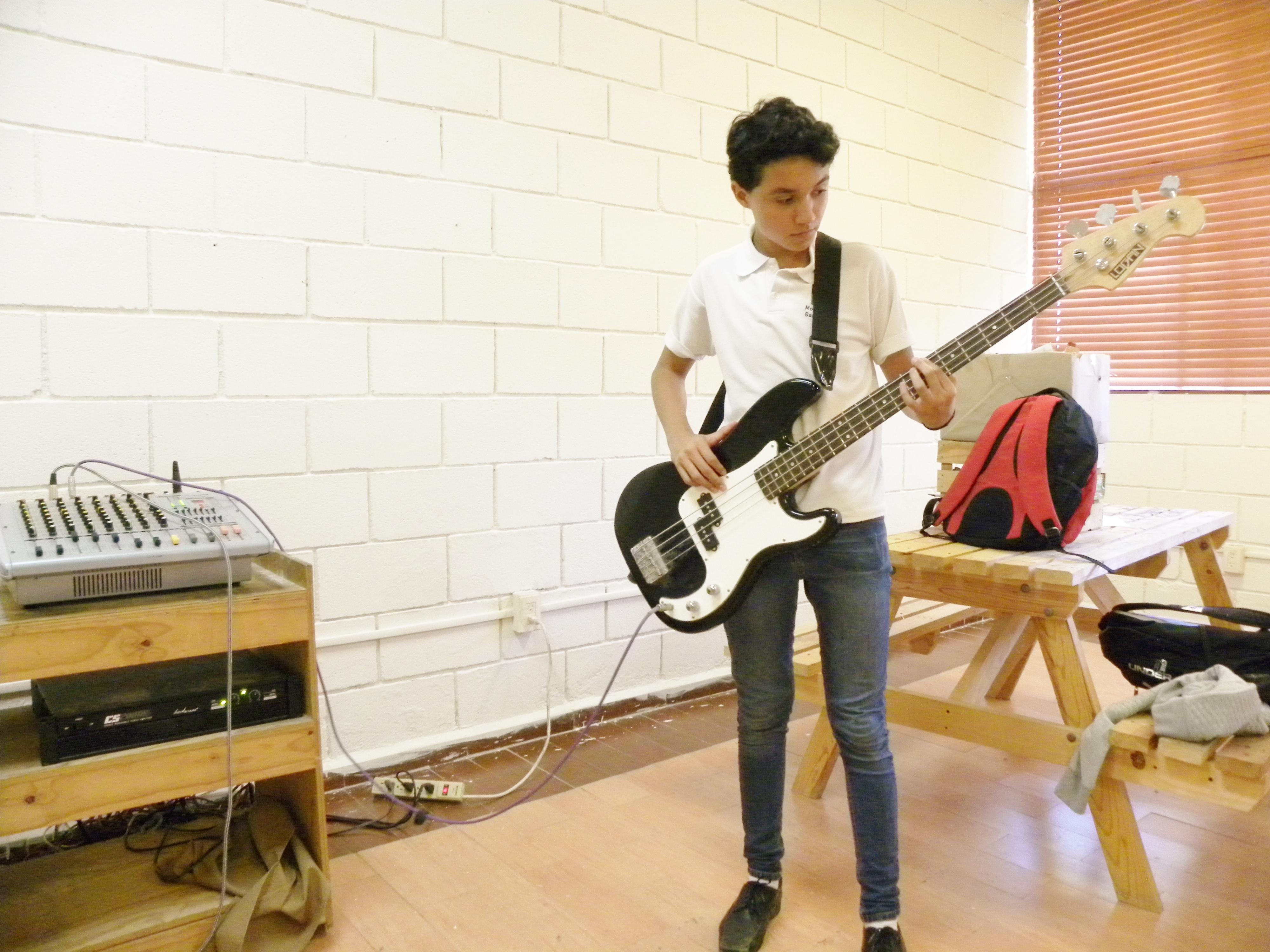 TIII Taller Instrumentos y grupo Musical (5)