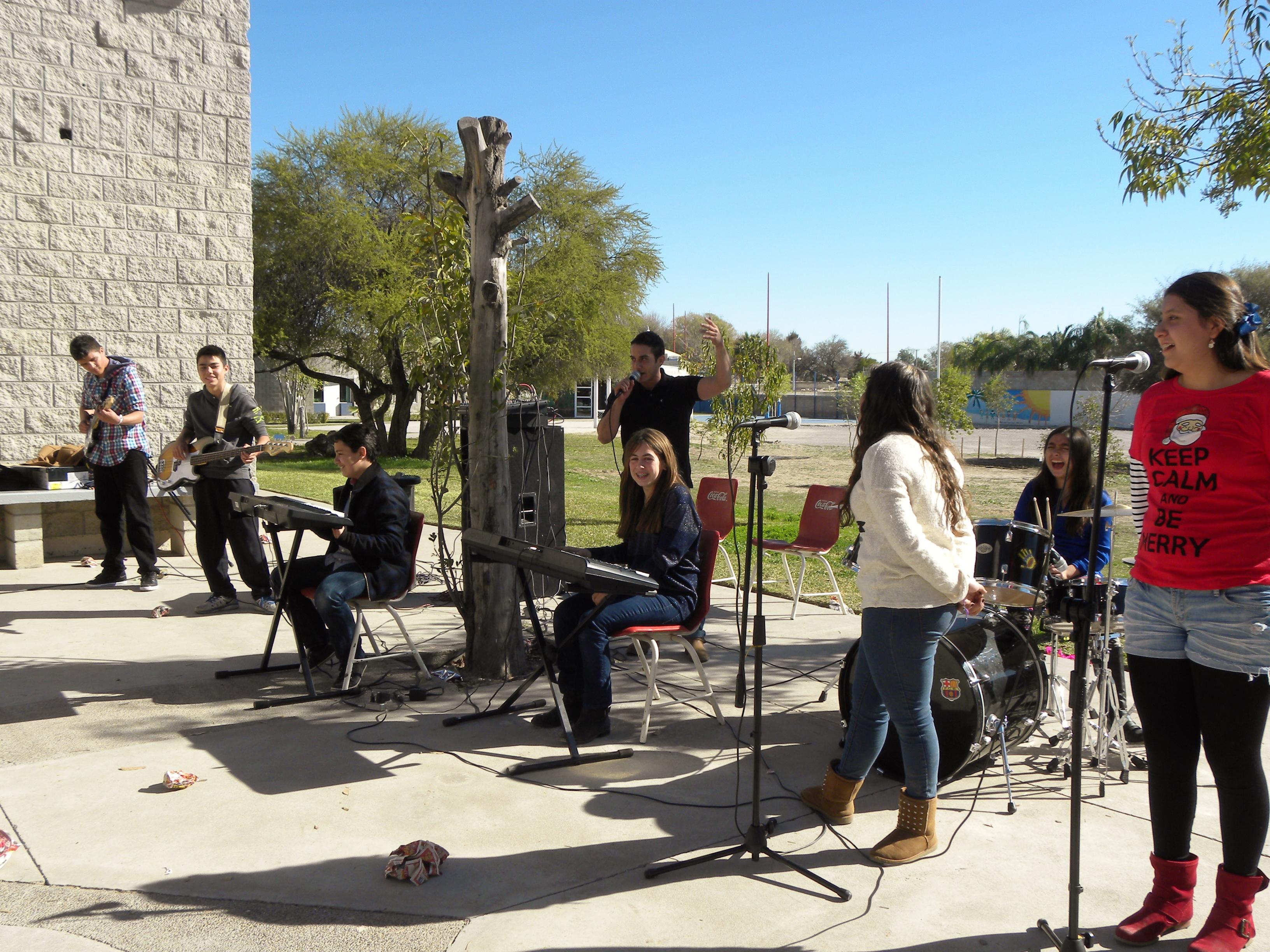 TIII Taller de Instrumentos y grupo Musical (7)