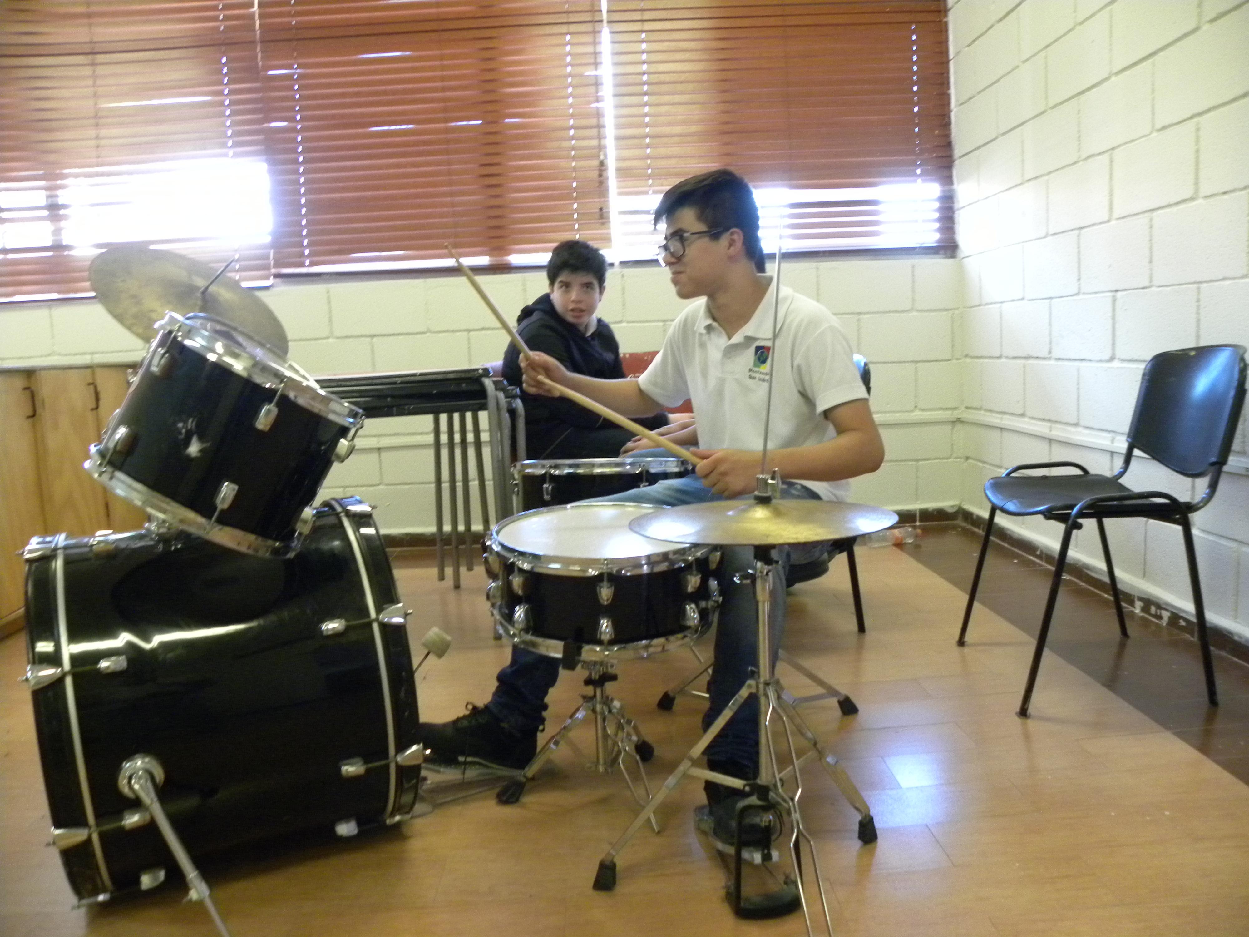 TIII Taller Instrumentos y grupo Musical (1)