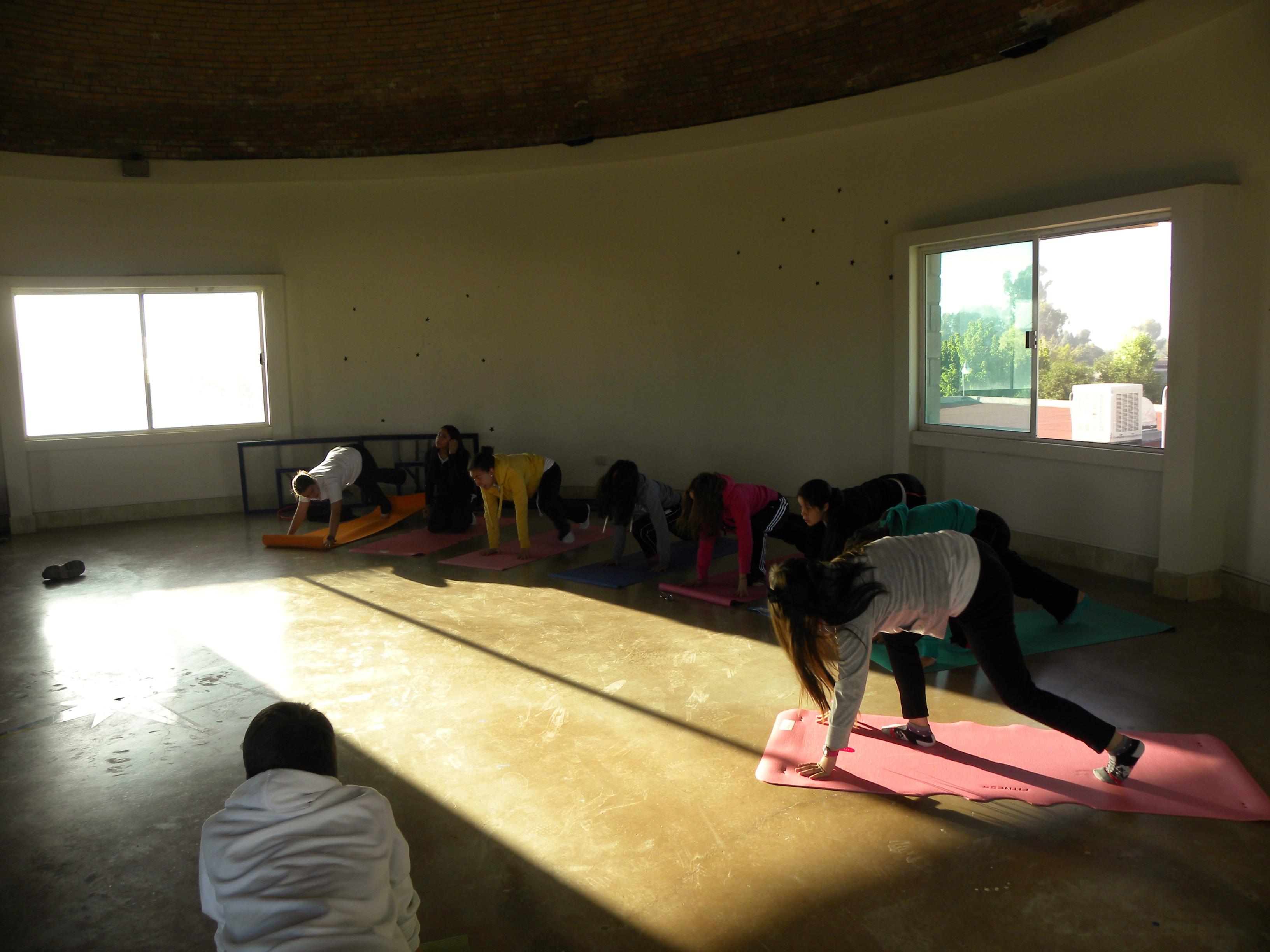 TIII Taller de Yoga (18)