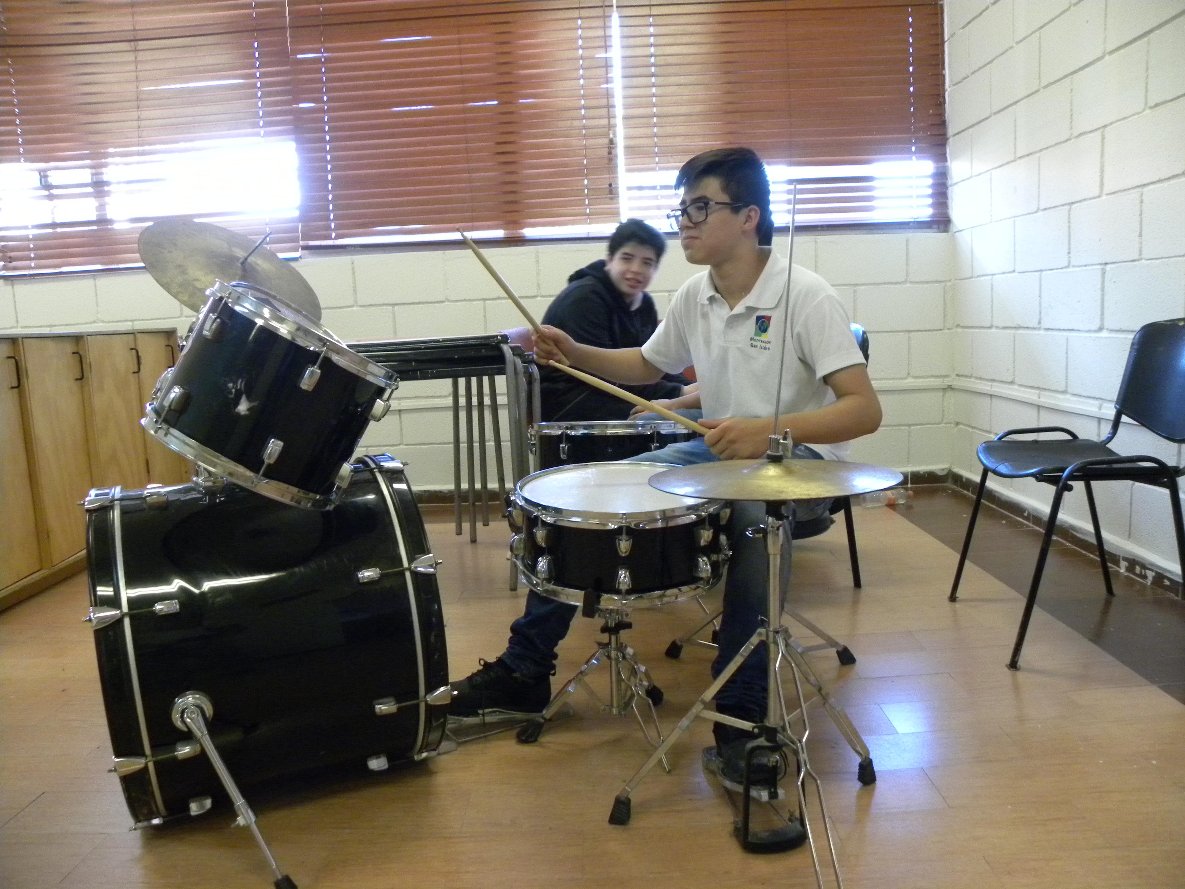 TIII Taller Instrumentos y grupo Musical (2)