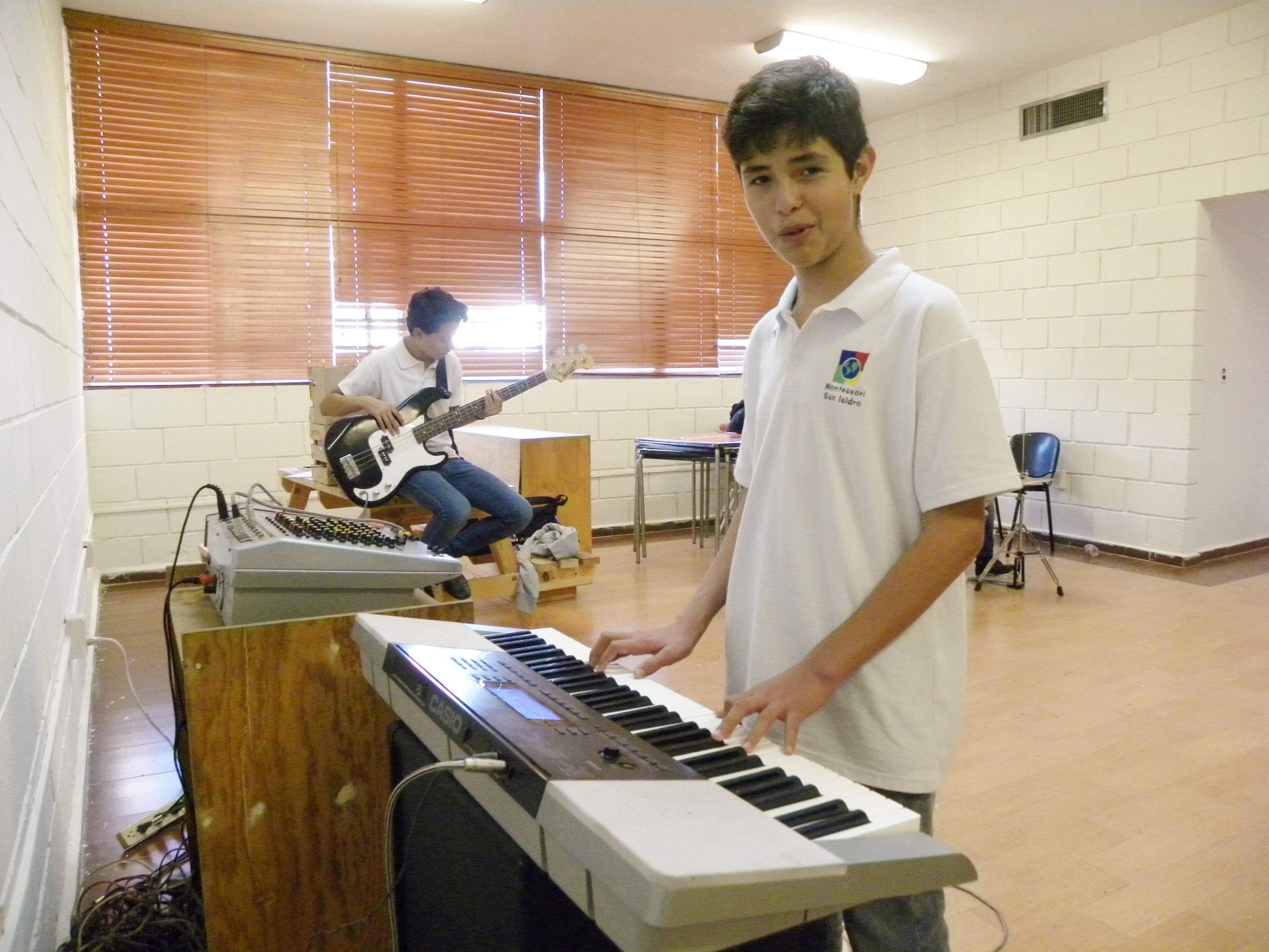 TIII Taller Instrumentos y grupo Musical (7)