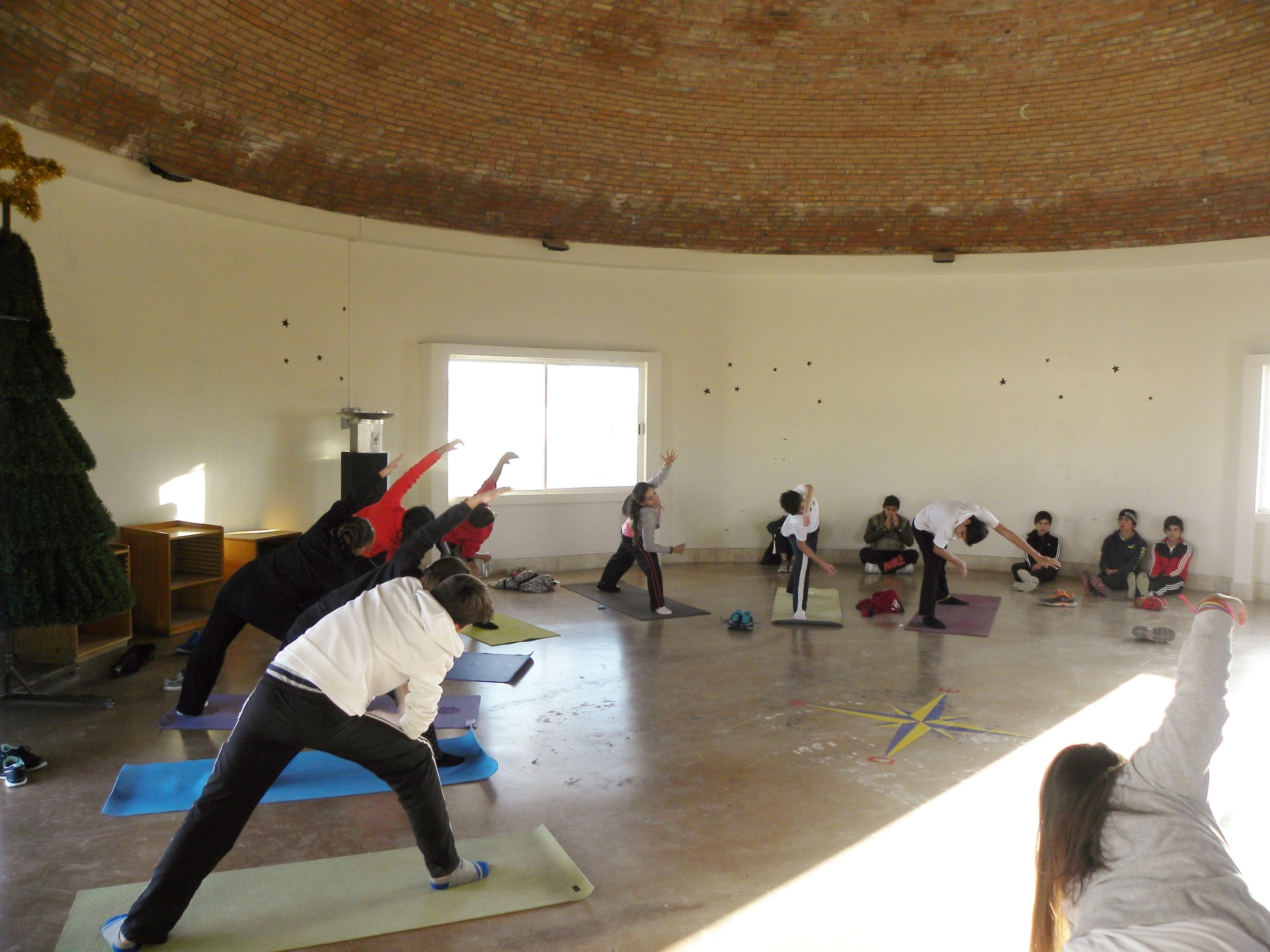 TIII Taller de Yoga (6)