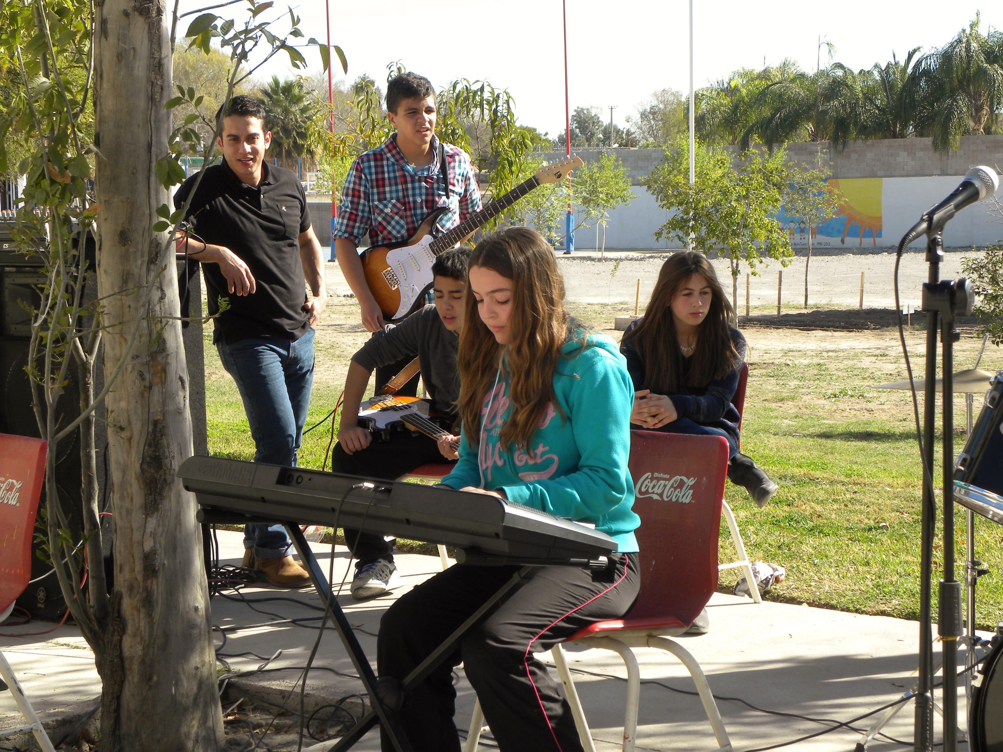 TIII Taller de Instrumentos y grupo Musical (4)