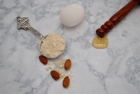 Almonds honey egg
