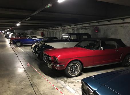 La 29ª Ruta de Automóviles Antiguos aparca en nuestro Aparcamiento