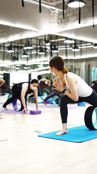 FIT LAB Wheel Yoga Teacher Training3.jpg