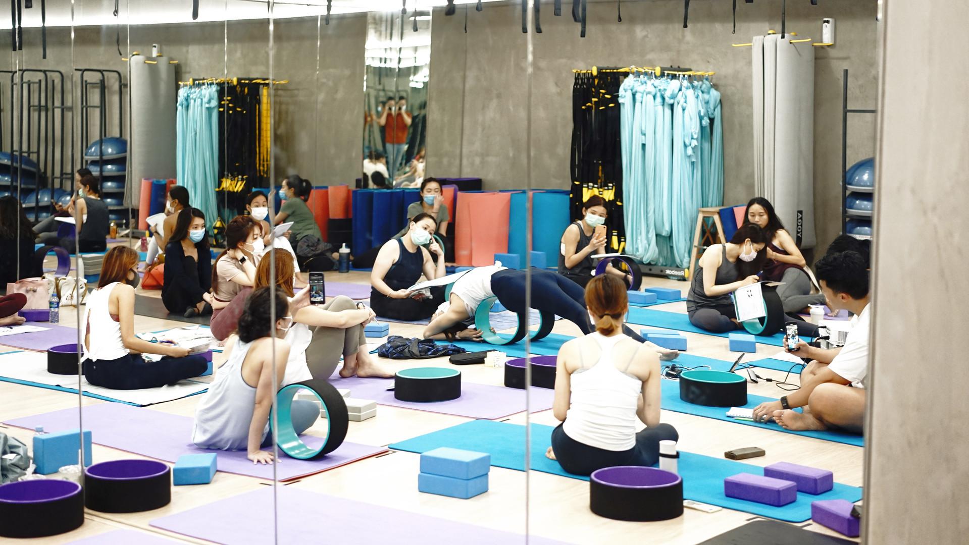 FIT LAB Wheel Yoga Teacher Training.jpg
