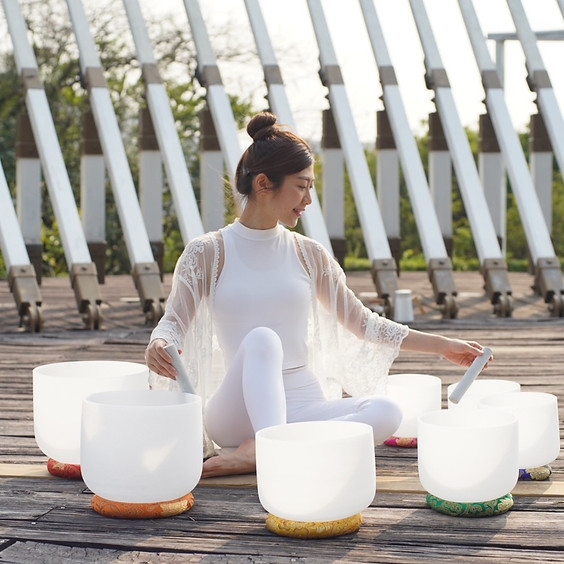 Crystal Bowls Sound Healing & Relaxation with Kanis