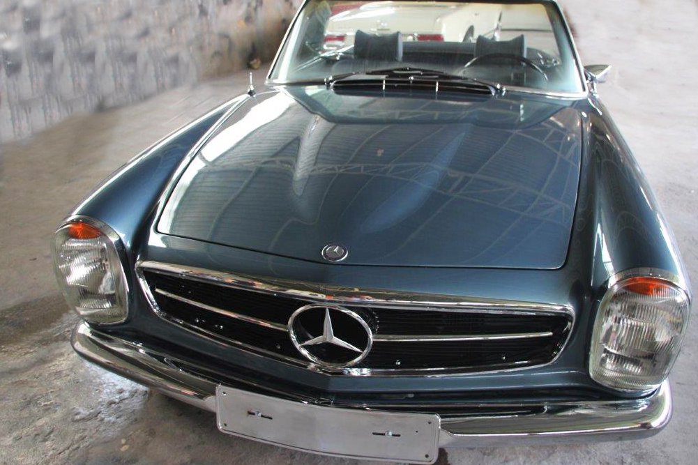 Mercedes 280 SL blau metallic