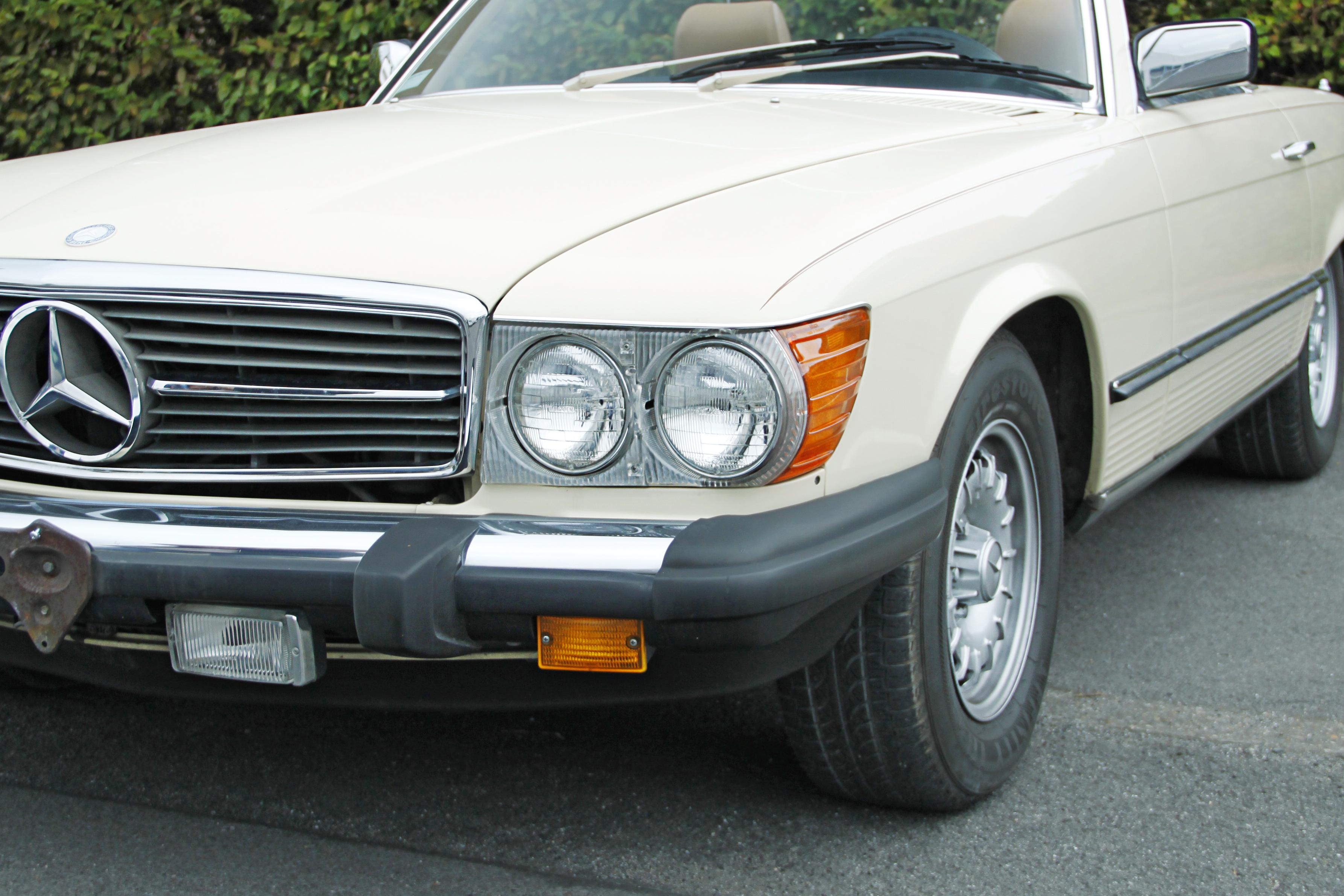 Mercedes 380 SL beige94