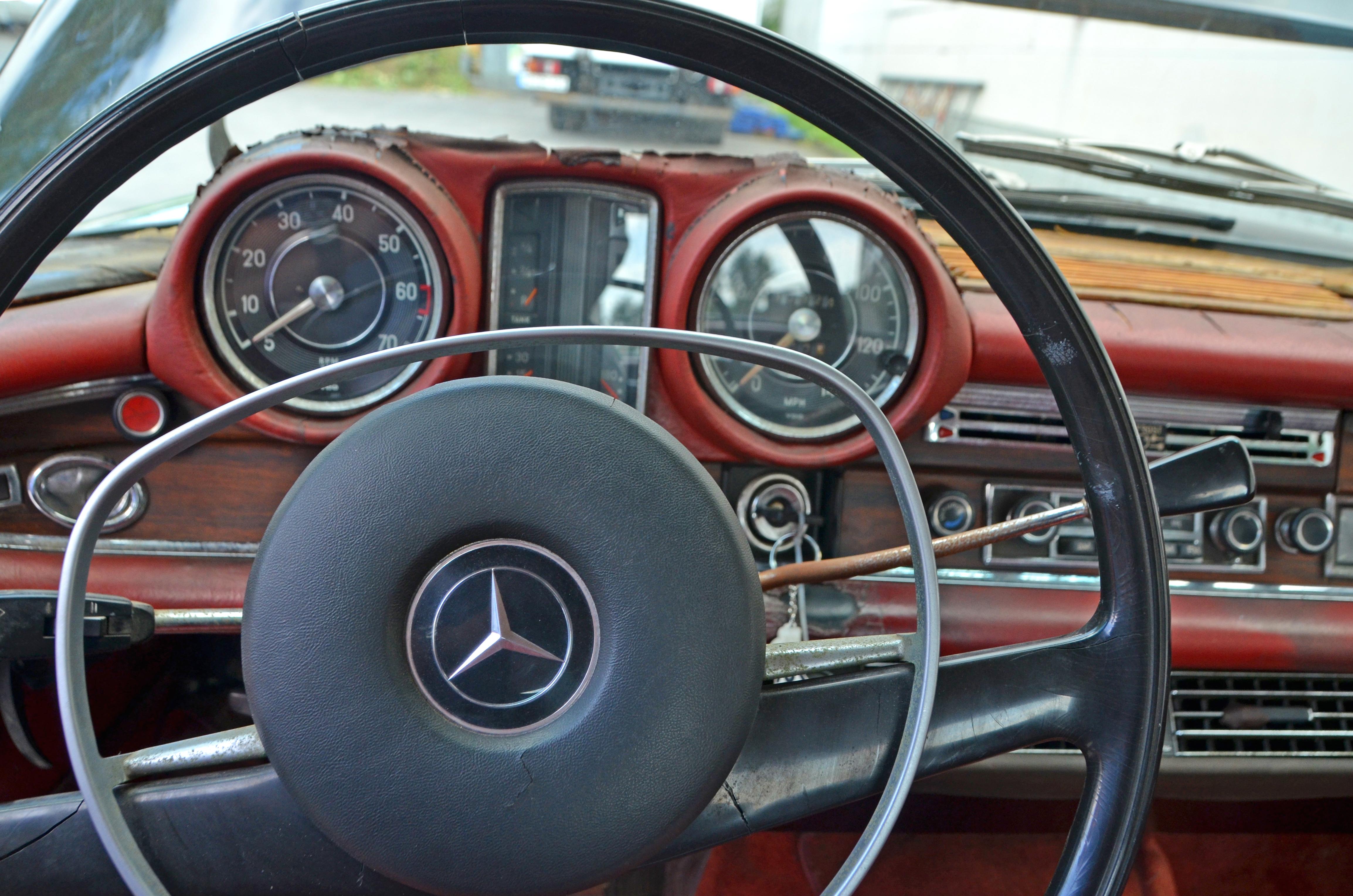 Mercedes Benz 280 SE_5