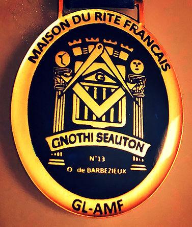 medaille loge cognac_edited.jpg