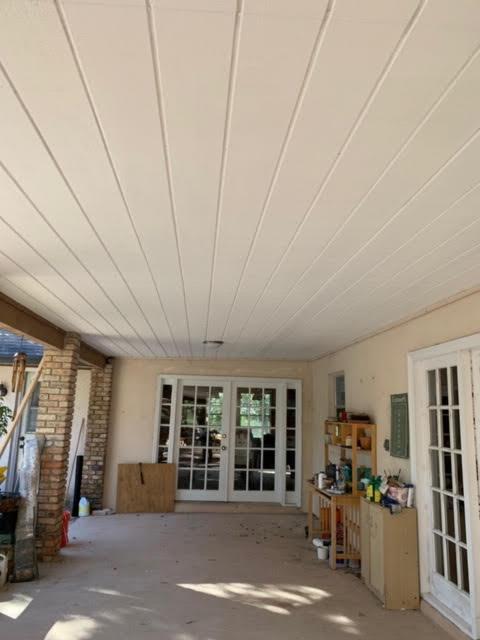 Lanai ceiling