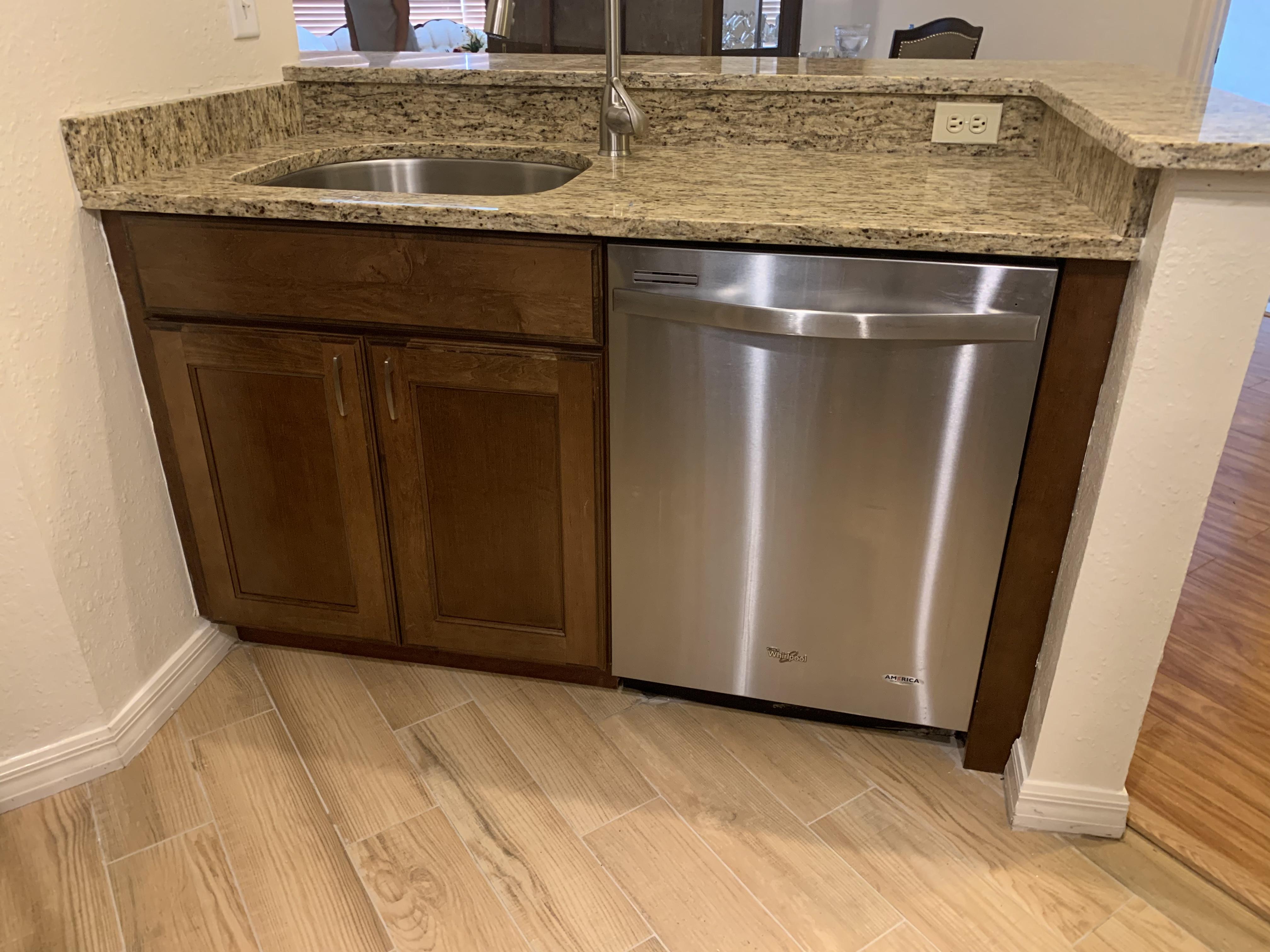 Maple Cabinets & granite