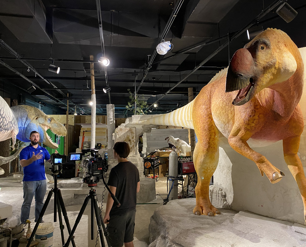 Artist Benji Paysnoe - Arizona Museum of Natural History