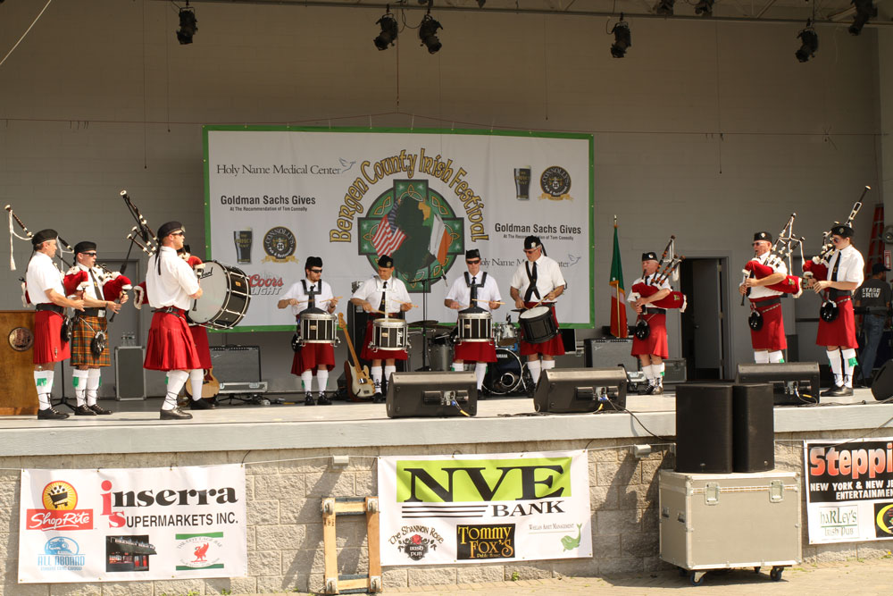 Pipe Bands at The Festival