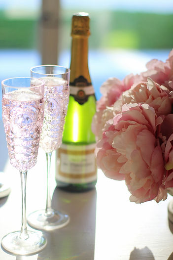 champagne-3483647_1920.jpg