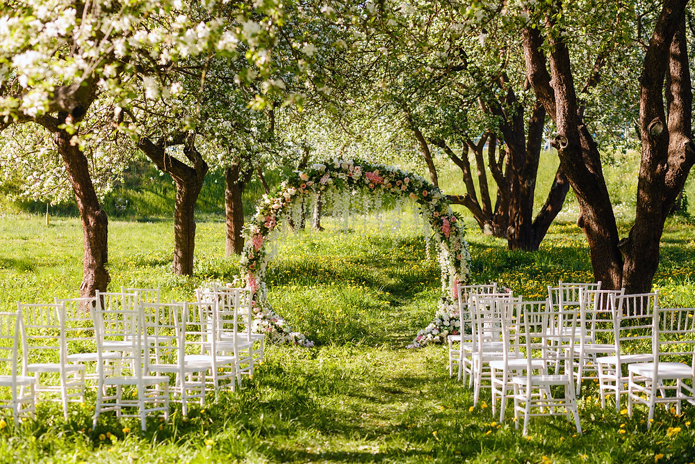 Frühlingshochzeit freie Trauung im Frühling Wedding Wiesbaden