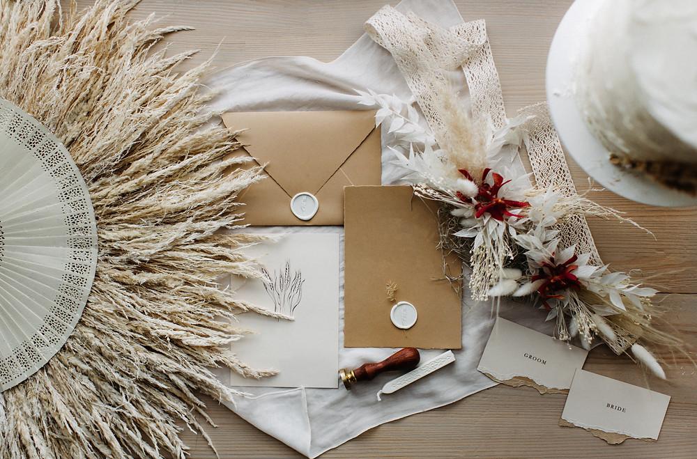 Boho Papeterie für Hochzeit Einladungen Siegel Wachs Trockenblumen