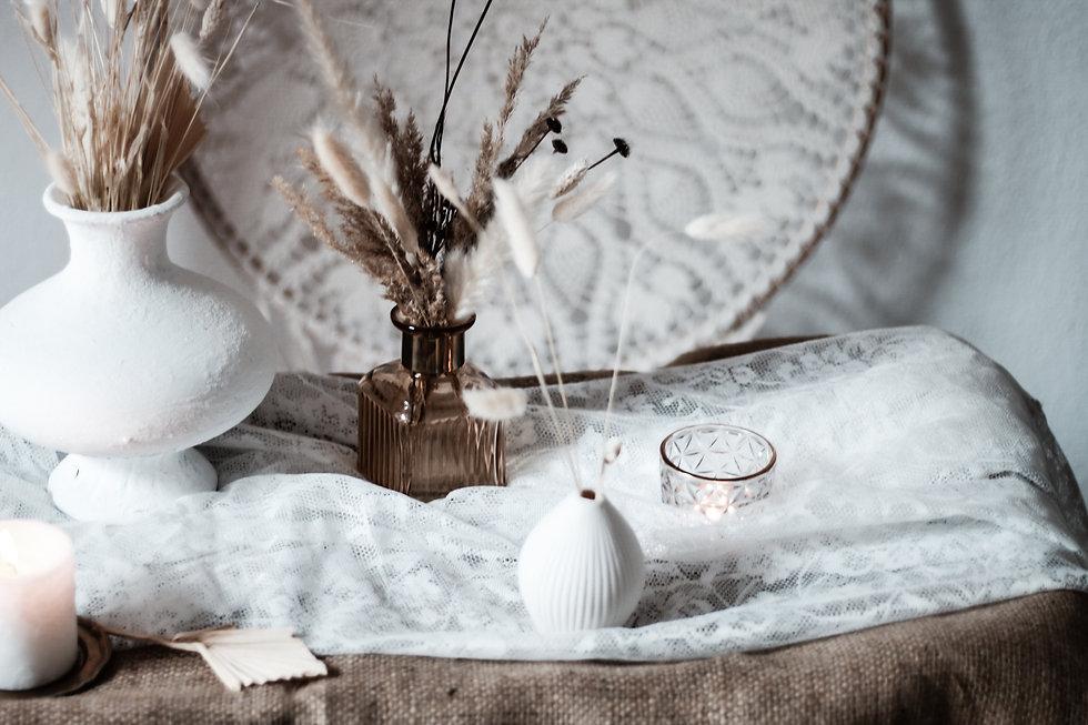 06_kleine weiße Vase Mrs. Deko (7).jpg