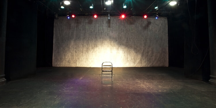 Stagefrontal-pic.jpg