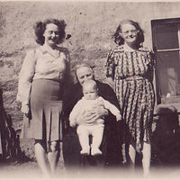 Four generations (1).jpg