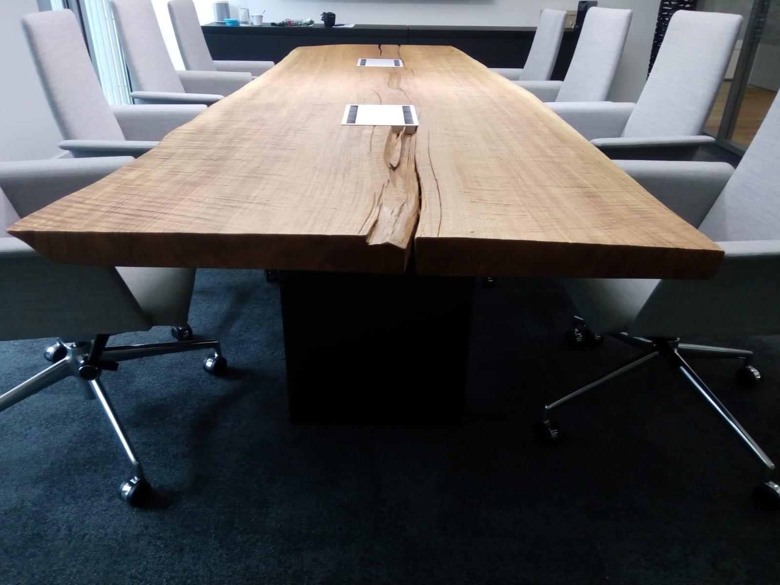 Konferenzanlage Echtholz