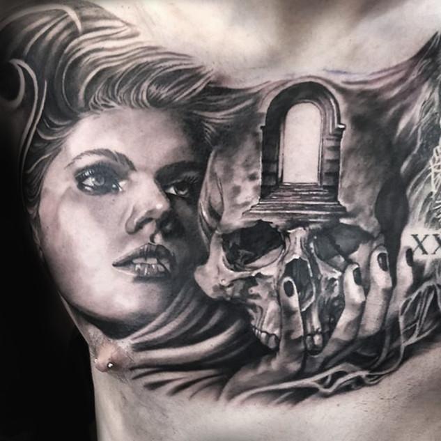 girl_skull_door.jpg