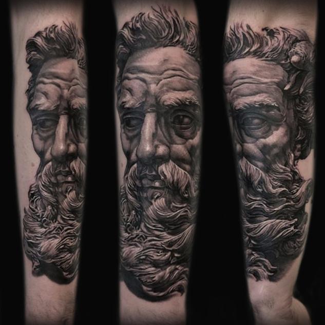 zeus_forearm_tattoo1.jpg