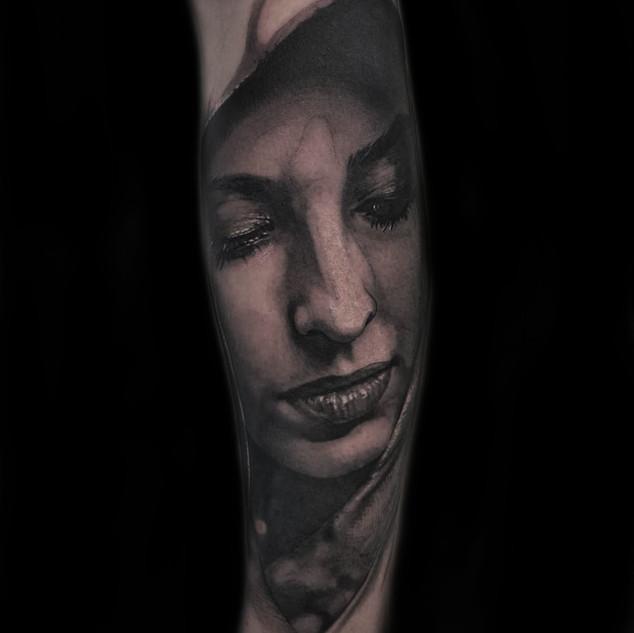 beautiful_face_tattoo.jpg