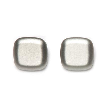 43 Lara Clip Earring