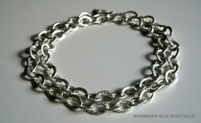 583 Hammered Organic Small Link Necklace