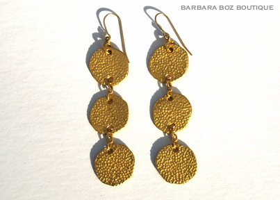 945 3-Large Hammered Charms Earring