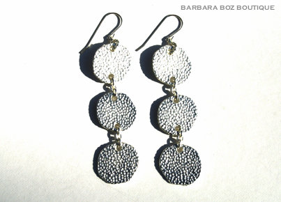 943 3-Large Hammered Charms Earring