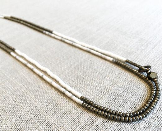 73  Three-Color Stripe A Colorblock Necklace