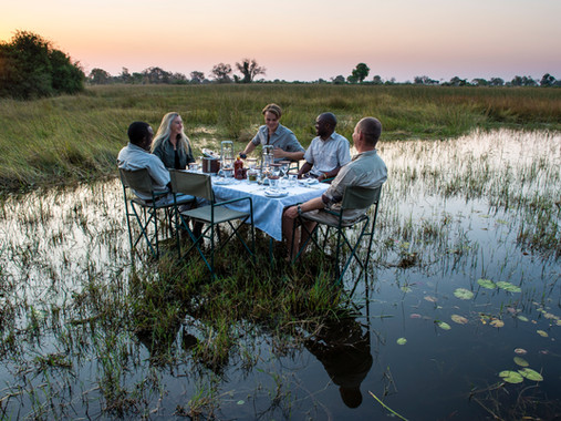 13Uncharted Expeditions - Dinning with a
