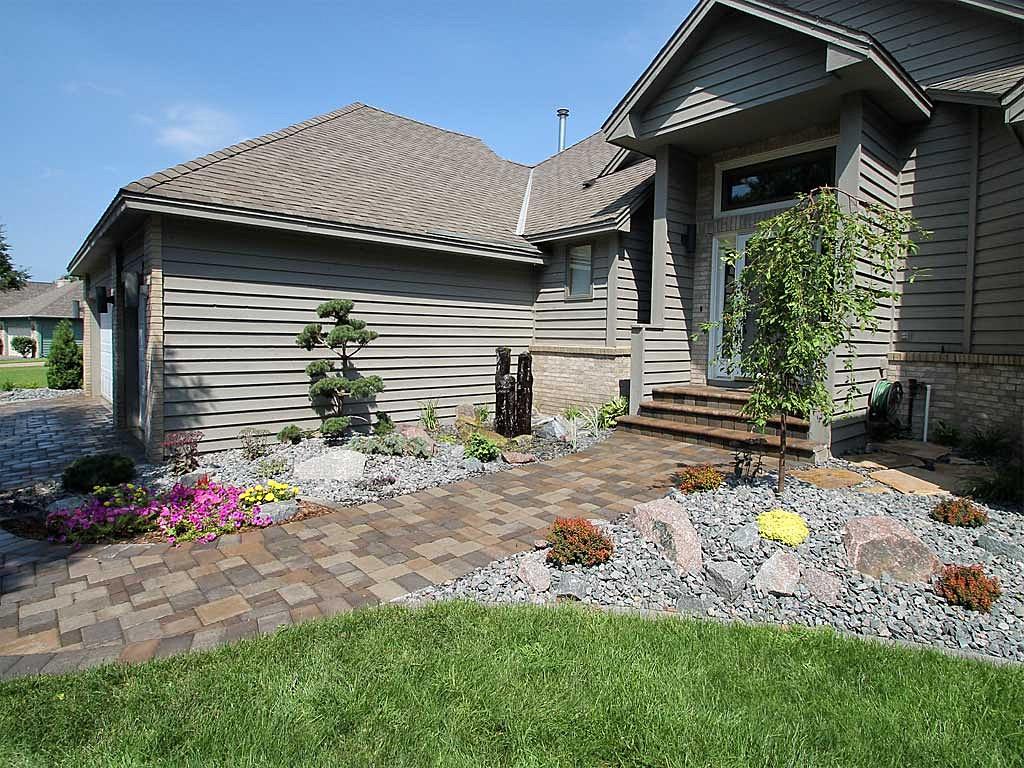 Plymouth Creek Design - Professional Landscaping | Landscape Design 2