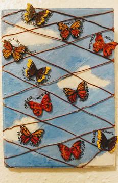 Mariposas y Muros.jpg